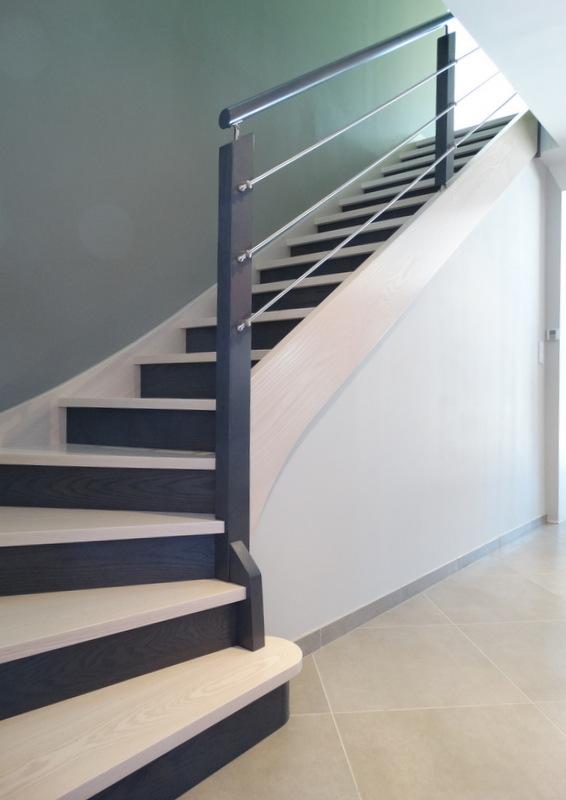 Couleur escalier bois 20170630065430 - Escalier en couleur ...